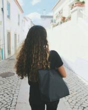 Profile picture for user Daniela Caldas